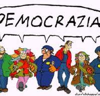 Democrazia è ….