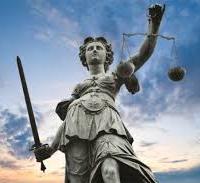 I marchingegni di una giustizia ridicola