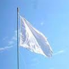 Sul ponte sventola bandiera bianca